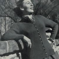 Patons 274 - Lady's Cardigan - La Traviata