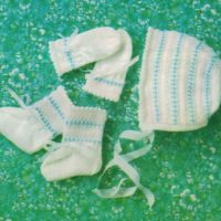 Sirdar108-24 25 Accessories - Bonnet, Mitts and Bootees image